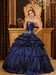 Remarkable Navy Blue Sweet 16 Dress Strapless Appliques Taffeta Ball Gown