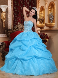 Romantic Aqua Blue Sweet 16 Dress Sweetheart Organza Beading Ball Gown