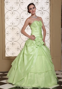 Beaded Decorate Bust Sweet Sweet 16 Dress For 2013 Yellow Green Taffeta and Organza Gown