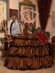 Exquisite Brown Sweet 16 Dress Sweetheart Chapel Train Taffeta Appliques and Pick-ups Ball Gown