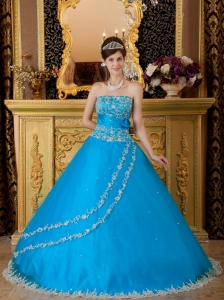 Teal Ball Gown Strapless Floor-length Tulle Lace Appliques Sweet 16 Dress