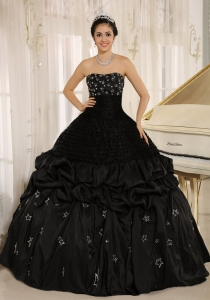 Appliques Decorate On Taffeta Strapless Black Sweet 16 Dress In Yacuiba
