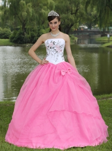Embroidery Decorate Rose Pink Sweet 16 Quinceanera Dress With Strapless Skirt