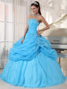 Lovely Baby Blue Sweet 16 Dress Strapless Organza Appliques Ball Gown