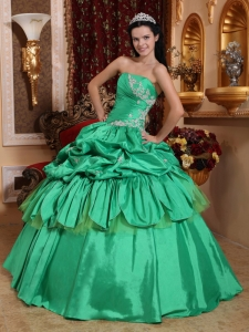 Low Price Green Sweet 16 Dress Strapless Taffeta Appliques Ball Gown