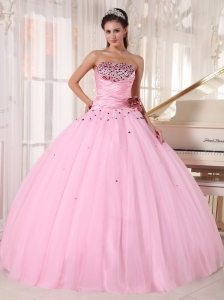 Luxurious Pink Sweet 16 Dress Strapless Tulle Beading and Ruch Ball Gown