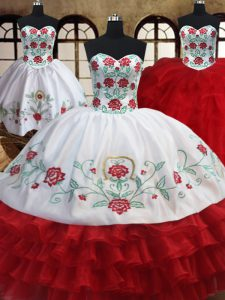Edgy Three Piece Ruffled Floor Length White and Red Vestidos de Quinceanera Sweetheart Sleeveless Lace Up